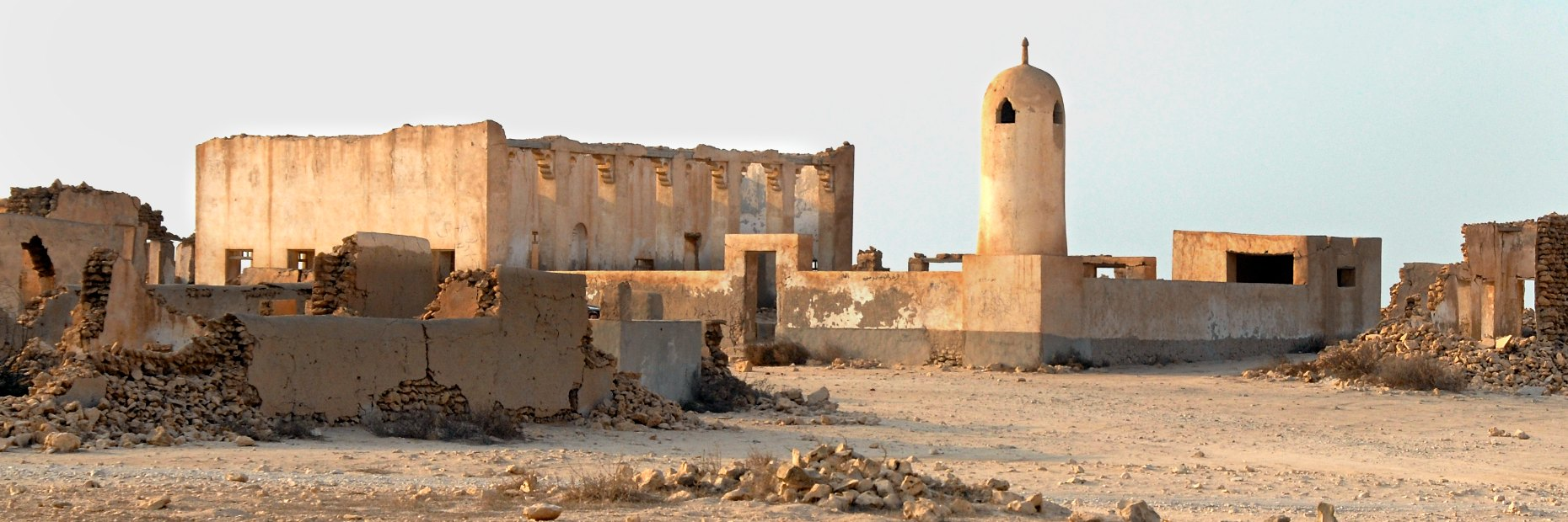 Qatar abandoned village Al Arish, panorama